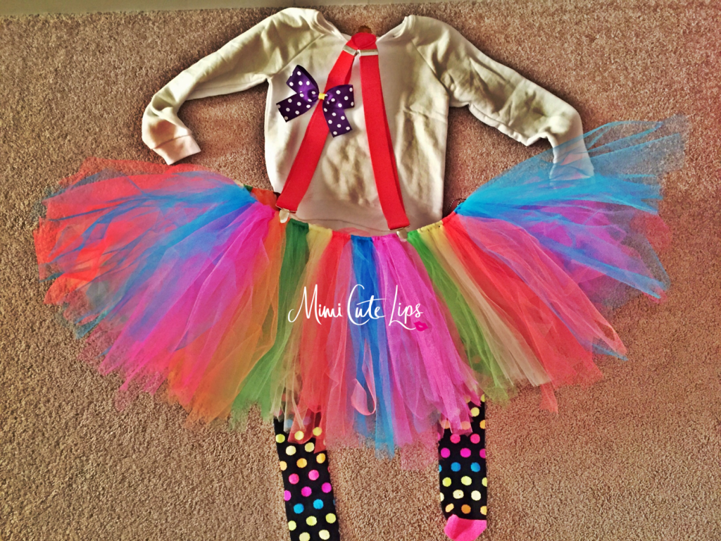 DIY Clown Costume 3