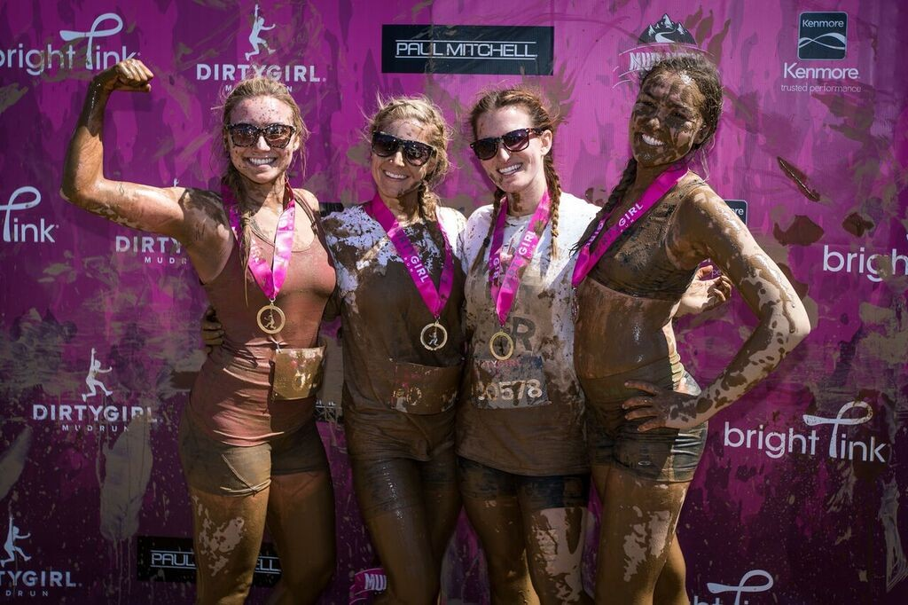 Dirty Girl Mud Run Baltimore Group Pic