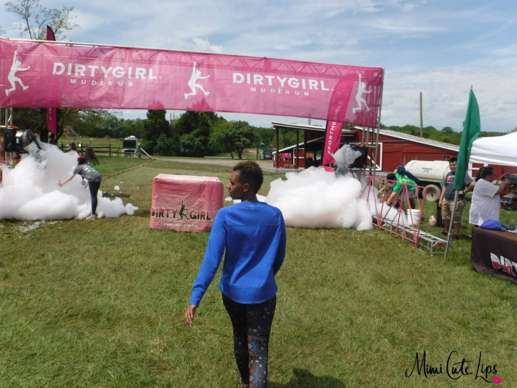 Dirty Girl Mud Run Baltimore Recap 3