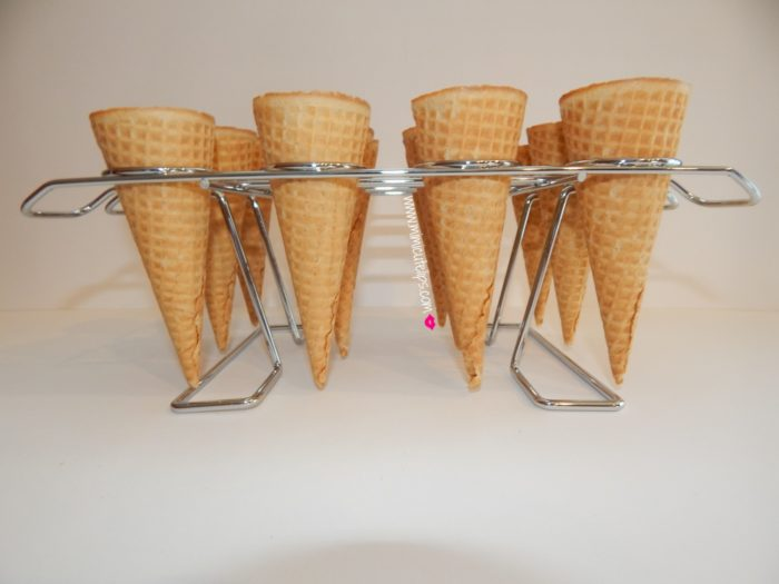 cupcakes in ice cream cones 2