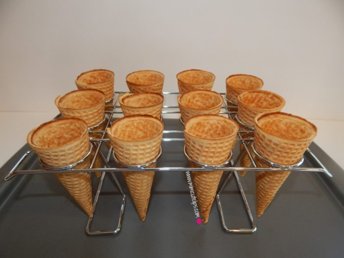cupcakes in ice cream cones 5