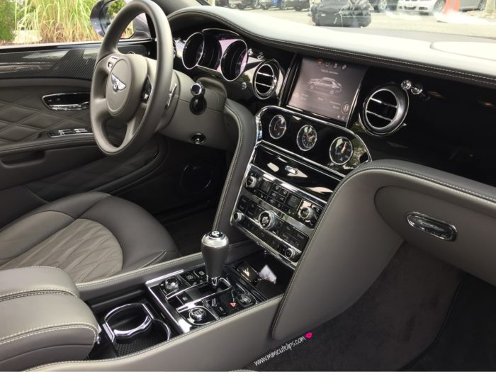 wapa -rally-22 Bentley Mulsanne